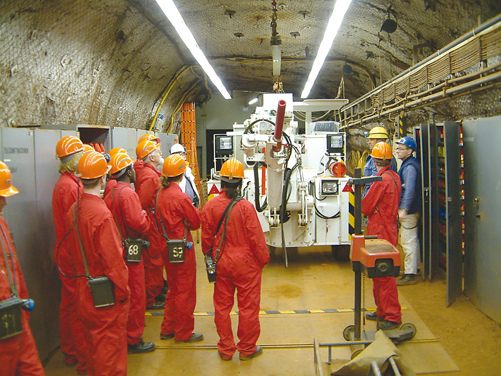 Students visit mine