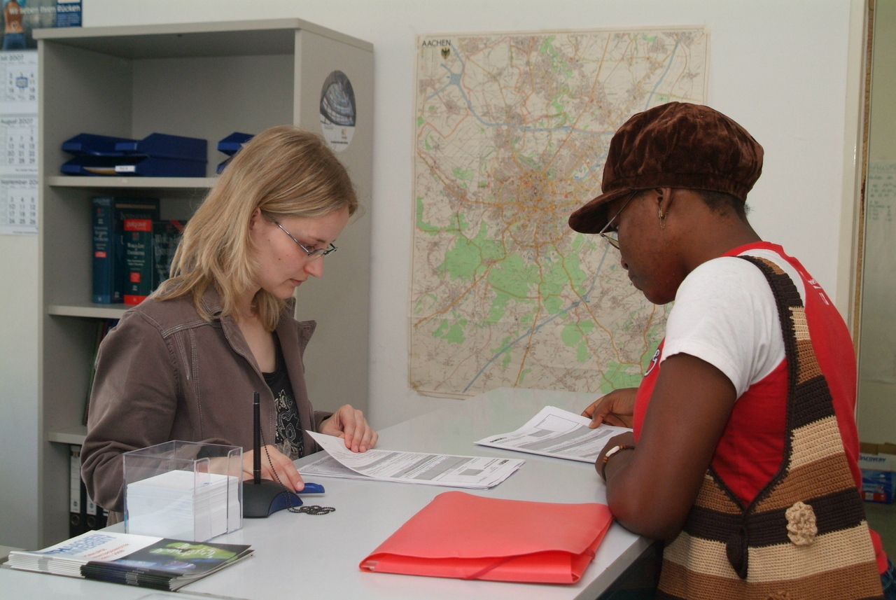 Female student getting information at the International Office