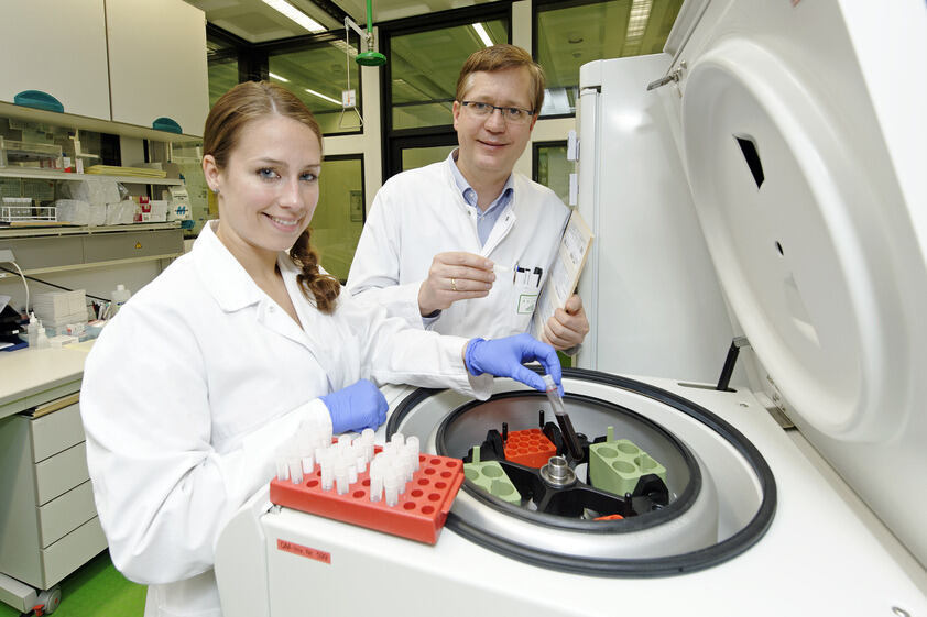 RWTH researchers develop a blood-based early-detection method for breast cancer