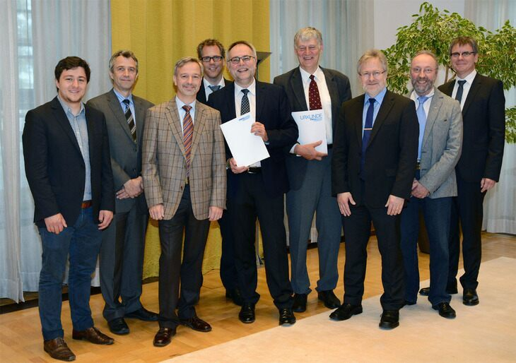 Rektor Schmachtenberg, Kanzler Nettekoven, and representatives from University committees