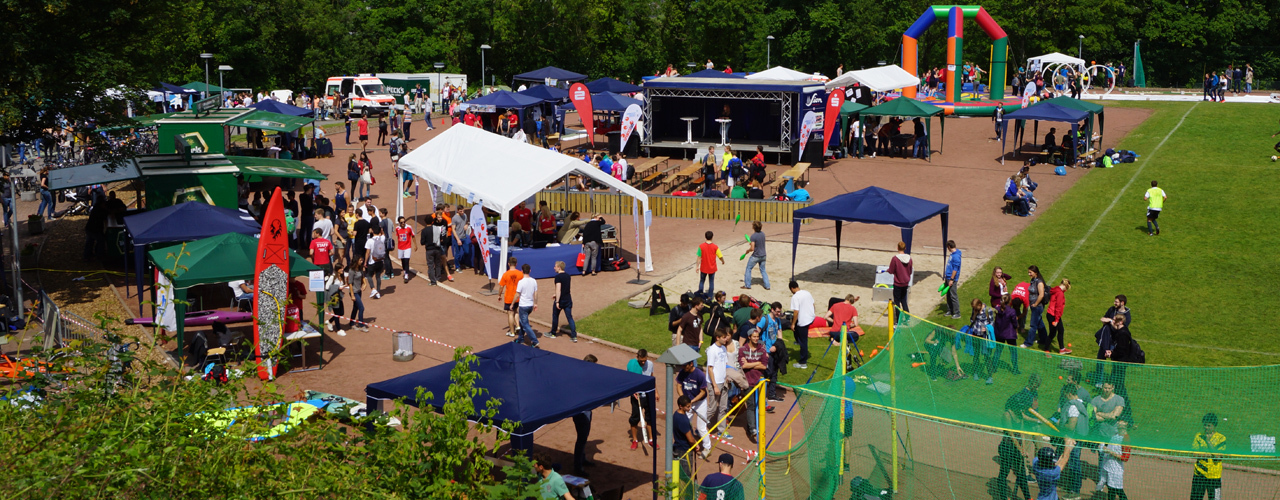 K�nigsh�gel with booths on SPORTS DAY