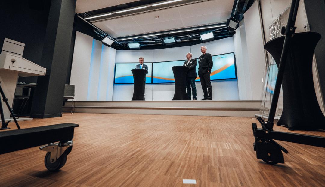 RWTH AACHEN UNIVERSITY - Rheinisch-Westfaelische Technische ...